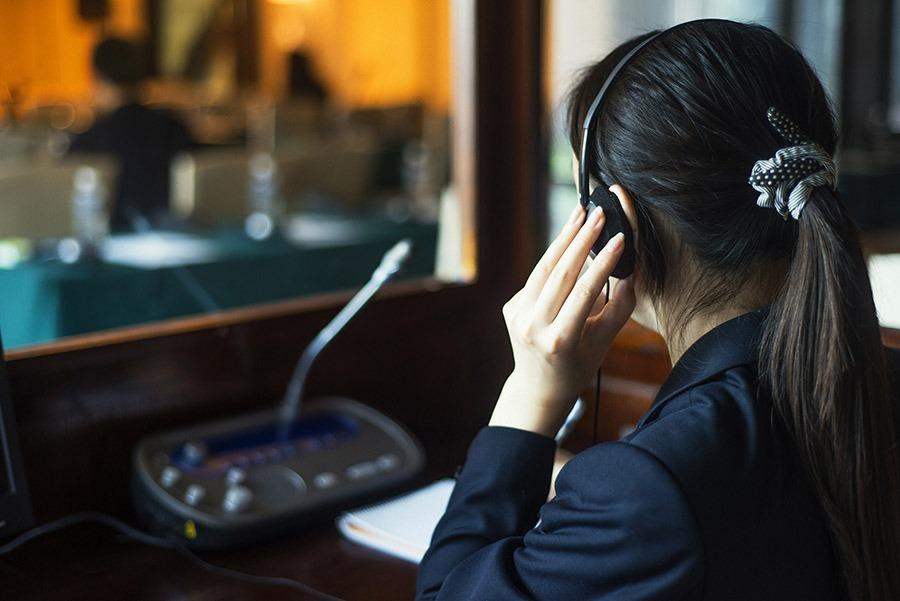 Tips on Talking through Interpreters